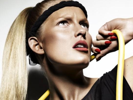 exercising in makeup